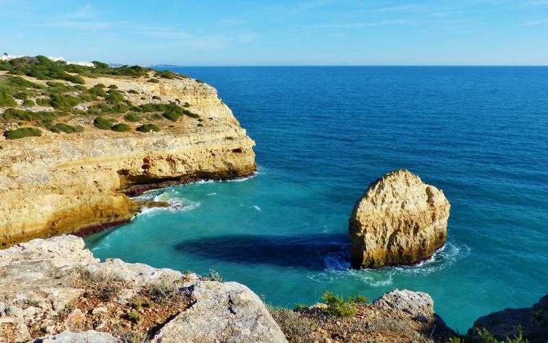 Algarve sud Portugal plage falaise