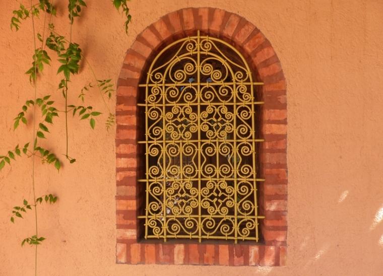 Marrakech Jardin Majorelle fenêtre.jpg