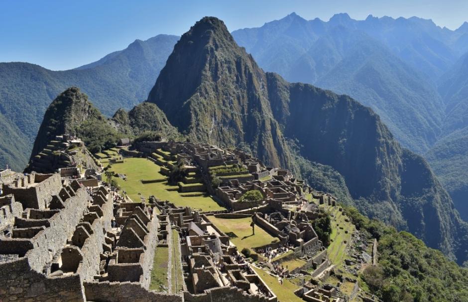 Vue mythique sur le site du Machu Picchu au Pérou