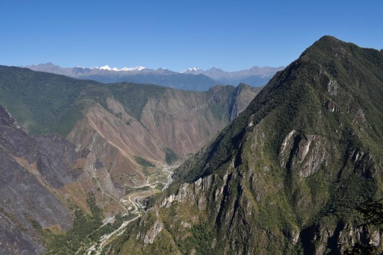 Vue sur les sommets autour du site du Machu Picchu au Pérou
