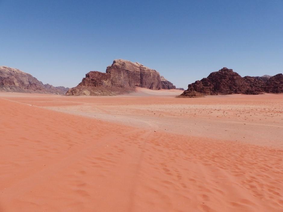 voyage en jordanie visiter le désert de wadi rum