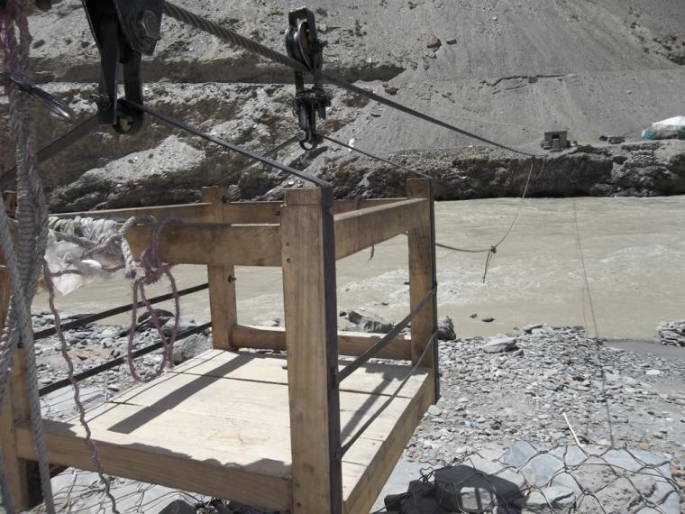 Chilling tyrolienne ladakh