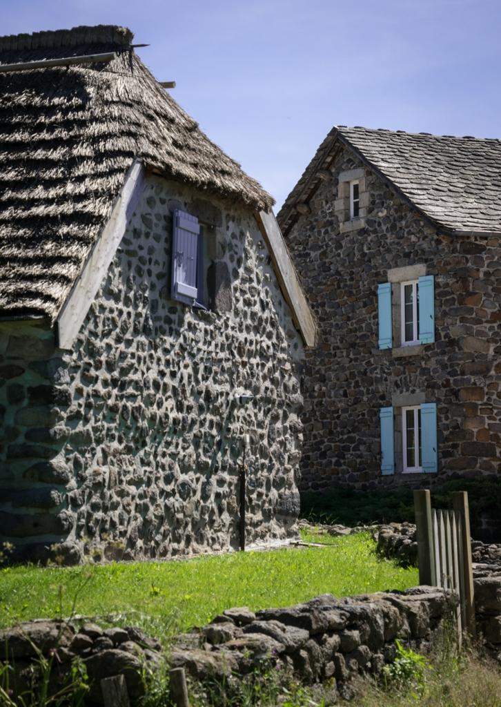 Village insolite de Moudeyres en Haute-Lire