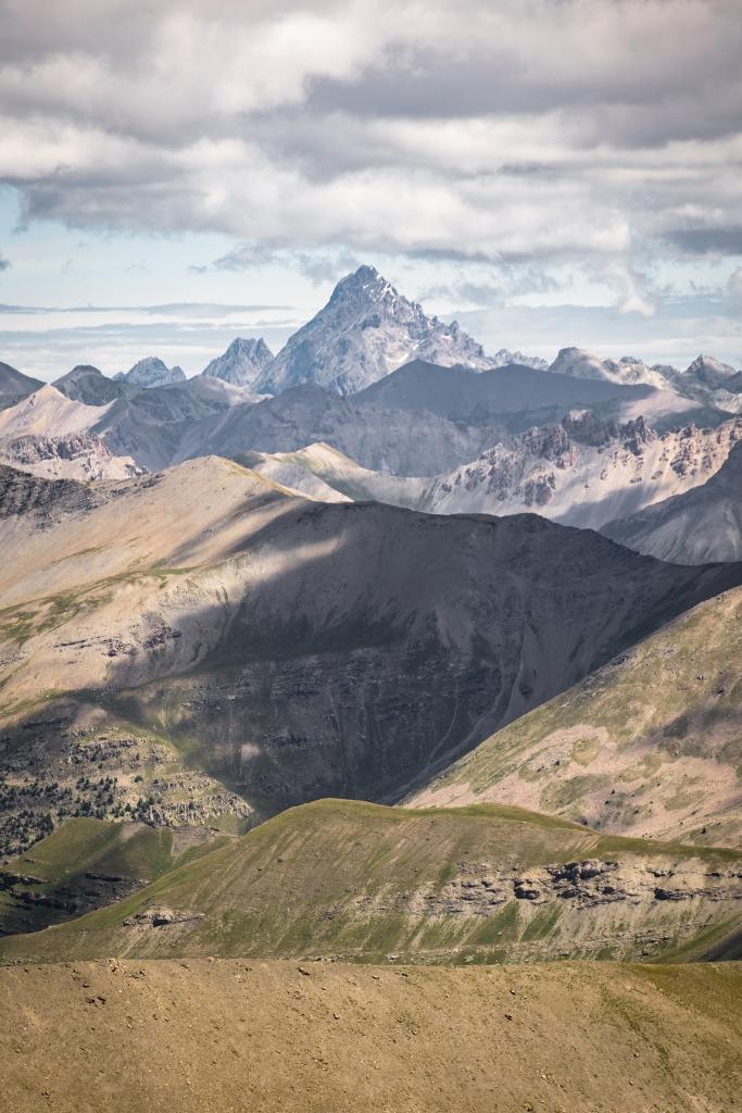 Panorama sur le Mont Viso depuis le col de la Bonette