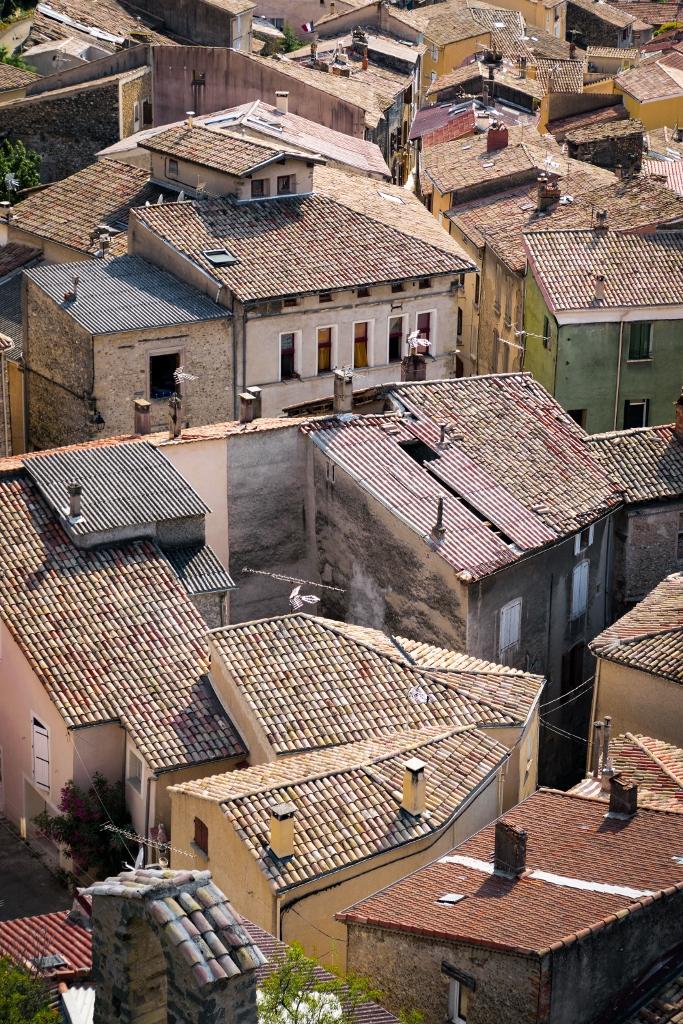 Vue sur le village Les Mées, Alpes-de-Haute-Provence